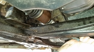 Replace A Leaking Front Axle Oil Seal On A 2004 Toyota