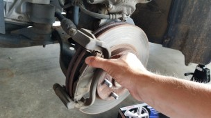 013-removing-old-brake-pad-outer