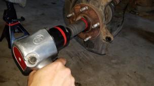 024-sienna-remove-axle-nut