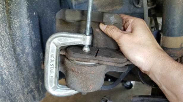 031-sienna-compress-brake-piston
