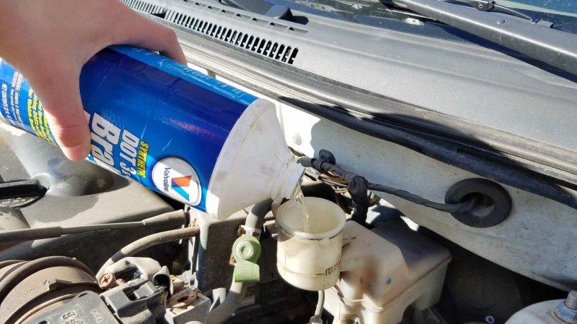 Adding Brake Fluid >> How To Add Brake Fluid To A Toyota Corolla Practical Mechanic