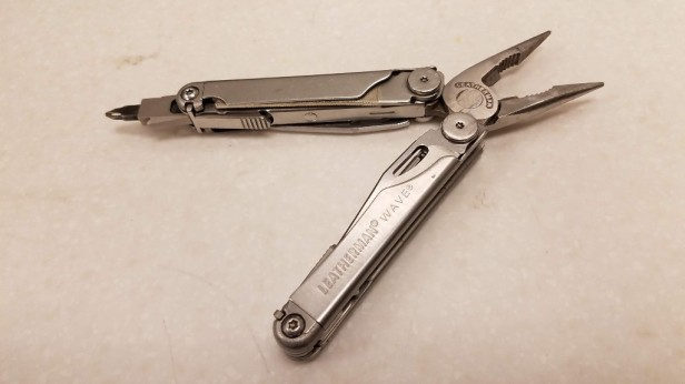 001-leatherman-wave-extended