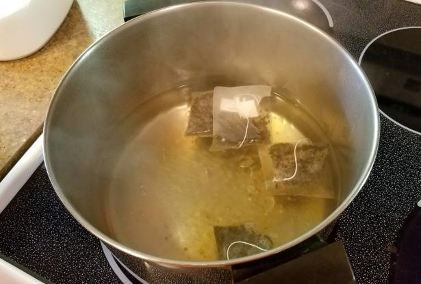 02-kombucha-brew-tea-boiling-water