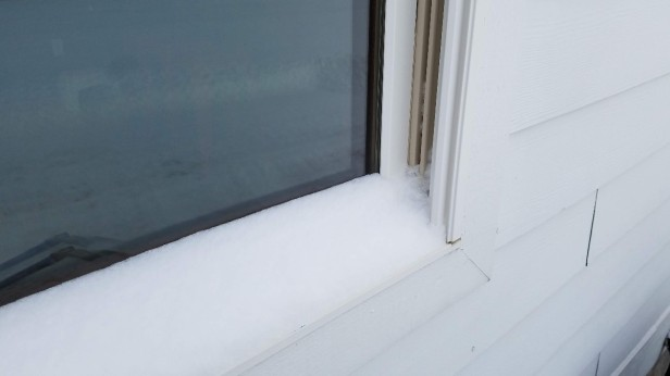 00-frozen-shut-house-window