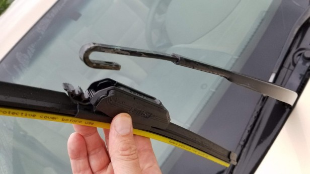 07-accord-wiper-line-up-with-arm