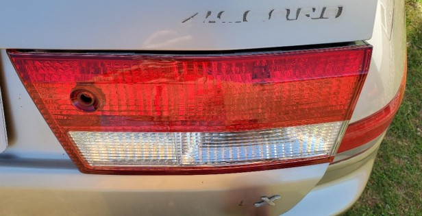 16-new-tail-light-in-place