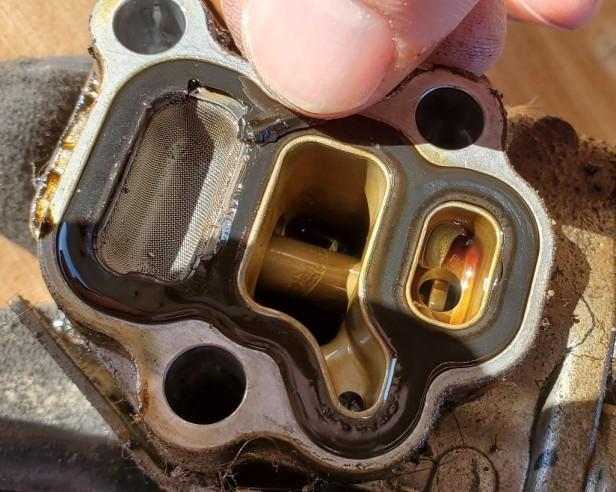 16-solenoid-gasket-crumbling