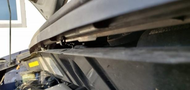 005-remove-plastic-vent