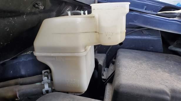 Sienna-brake-fluid-full