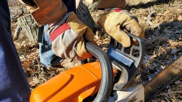 stihl-chainsaw-set-chain-brake