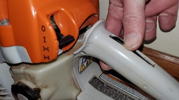 Stihl-control-lever-hold-throttle
