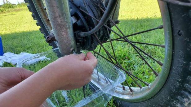 03-Removed-Drain-Plug-Fork-Oil-Honda-XL100s