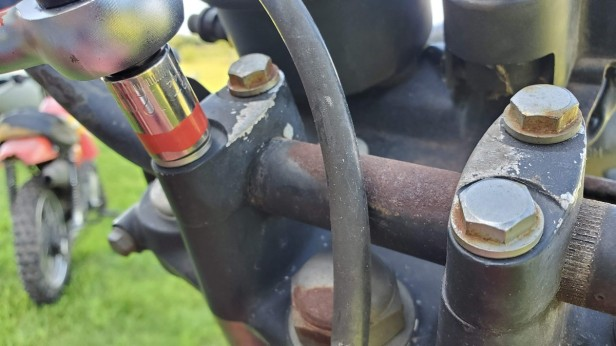 05-Remove-Handle-Bars-12mm-Socket