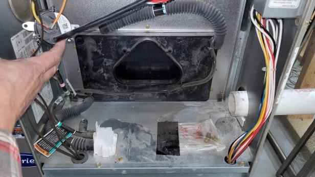 16-Exhaust-Port_Triangular-Gas-Furnace-Inducer-Fan