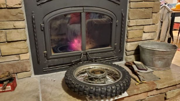 03b-heat-up-tire-for-removal