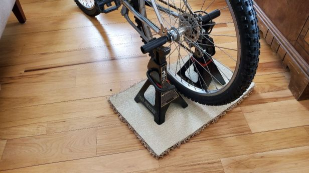 Exercise-Bike-Stationary-Pegs-Jack-Stands
