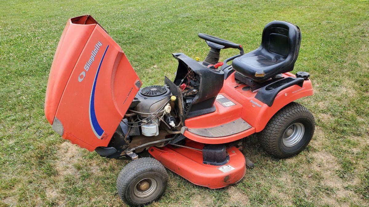 Simplicity Lawn Mower Broadmoor