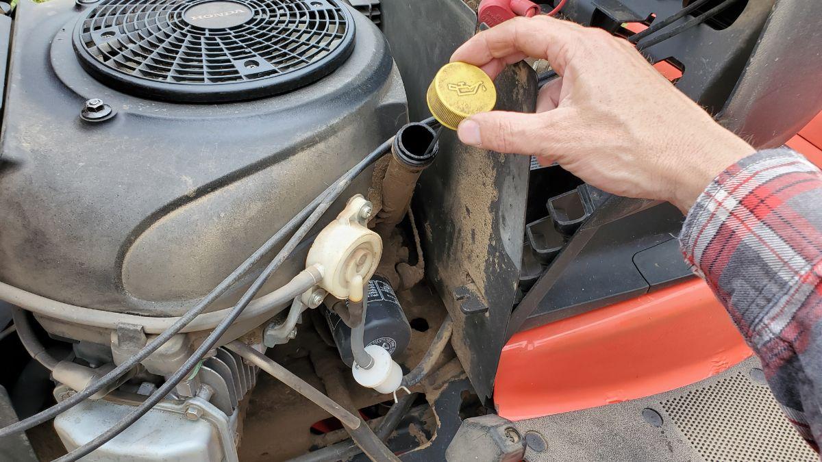 Check Oil Simplicity Lawn Tractor Broadmoor