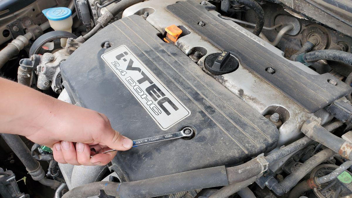 Remove Engine Cover Accord