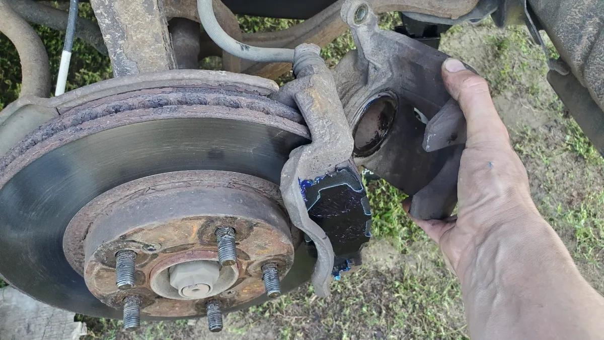 reinstalling brake caliper Honda