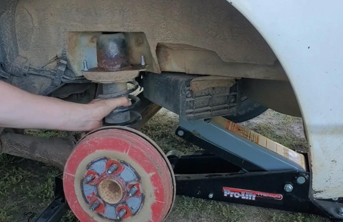 Toyota Corolla Rear Strut Replacement